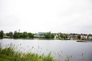 Här på Kanaludden i Härnösand är det tänkt att det omdebatterade hotellet ska byggas.