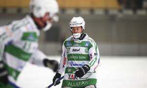 Micke Olsson, mittfältare i VSK.