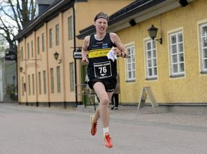 Emil Svensk flyttas upp i a-landslagstruppen.