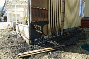 En oförklarlig brand i veranda på Fallvägen i Vannsätter.