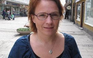 Monica Lundin tar över gruppledarposten för Folkpartiet i Borlänge. Hon är inte orolig för att politiken ska ta för mycket tid. – Jag mår som bäst när jag har som mest att göra.