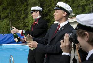 Per Jonsson fick fotouppdraget när fredrik fasth Markussen och Andreas Pettersson korkar upp.