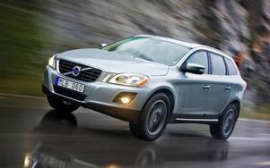 Volvo XC60 2,4D352 900 kronor.Ny svensk utmanare i klassen. Bullrig dieselmotor.