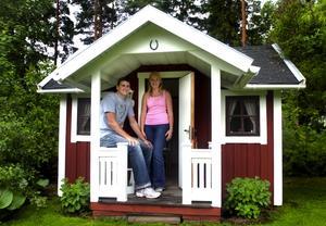 Flyttat till Sverige. Efter fyra år tillsammans i USA flyttade Elin Rann och Sloan Wobbeking till Sverige för drygt en månad sen. Dock kommer de inte att bo i lekstugan hemma hos Elins föräldrar. Foto:Johan Larsson