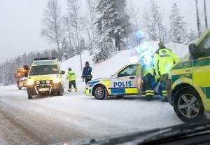 En personbil körde på en annan bakifrån i Rössånger, Enånger.