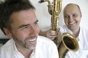 Jazzen är väl representerad i sommar. Musikerna Johan Norberg och Jonas Knutsson framför musik med inspiration från barndomens Norrland.