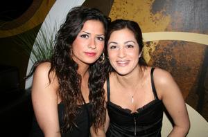 Tabazco. Jessica och Angelie