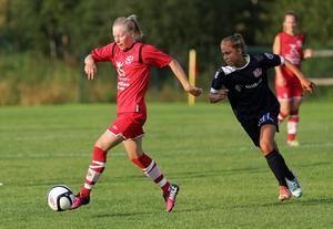 Sandra Näslund jobbade i vanlig ordning hårt i Bik och svarade för tre målgivande framspelningar.