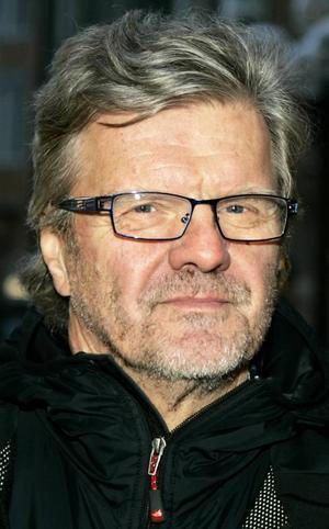 Ulf Swelander,67 år, Östersund:– Ja det tror jag säkert. Jag motionerar varenda dag. Jag cyklar - det finns hur mycket dubbdäck som helst, och jag springer när det går.