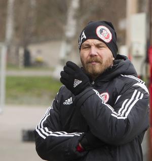 Henrik Åhnstrand är en av tolv svenska tränare som är antagen till förbundets Uefa Pro Diploma.
