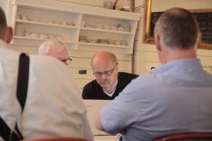 Jan Sandström och styrelsen arbetar för att få fiber till hela Munktorp. Nu träffas föreningen Munktorps fiber ungefär en gång i veckan.