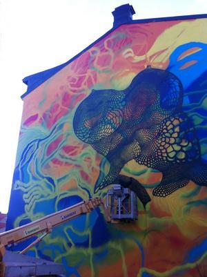 Det tog grafittimålaren och gatukonstnären Carolina