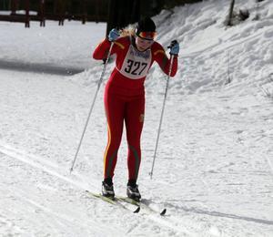 Emma Backén tryckte på bra och åkte in på en andraplats i gymnasieklassen.