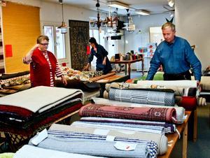 Sista rycket. Lokalen töms och Tibromöbler stängs sista januari. Familjen Gunnarsson hade hoppats någon skulle köpa butiken, men det blev inte så.BILD: SAMUEL BORG