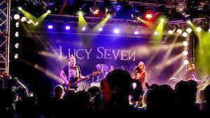 De har spelat i flera europeiska länder. I juni spelar Bollnäs hårdrockarstolthet Lucy Seven i USA.