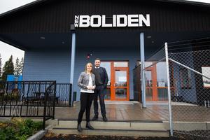 Centerledaren Annie Lööf (C) och riksdagsledamot Peter Helander (C) besökte Boliden Garpenberg på måndagen.