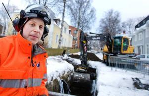 Martin Fernlund, markanläggare, Östersund– Det är på håret ibland men man rättar ju magen efter matsäcken så skulle man tjäna mer så skulle man ju ha dyrare vanor också. Jag försöker att spara en slant i månaden men ofta blir det sporadiskt.