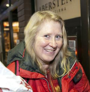 Birgit Boström, 52 år,socionom, Bomhus:– Nu har jag brutit fotleden, så jag ska nog sköta min hälsa bättre. Promenera i kuperad terräng och simma.