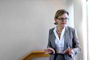 Leksands Sparbanks vd Annika Nygårds har avböjt att kommentera bankens stora engagemang för Leksands IF och den genomförda rekonstruktionen.