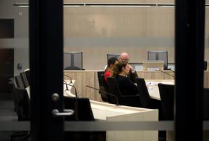 23-åringen under häktningsförhandlingen i Örebro tingsrätt.