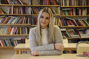 Julia Engborg, 15, hoppas bli nästa stora stjärna från Sandviken. Hon går årskurs 9 på Jernvallsskolan.