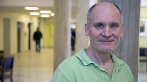 Kristian Wallner, läkare på Mitt hjärtas vårdcentral i Fagersta, arbetar för att minska utskrivandet av smärtstillande.