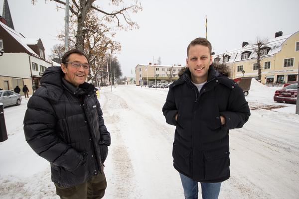 Torget i Norberg kommer att bli mer som en arena när Engelbrektsloppet börjar. Lars Holm, tävlingsledare, och Fredrik Persson, marknadsansvarig ser fram emot det.