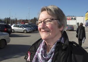 Ingrid Andersson, Norrtälje: – Ja, egentligen har jag det. Jag vill att politikerna ska vara bussiga mot dem som kämpar för att göra något i Hallstavik.