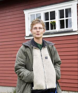 Lili-Mari Wassdahl, som äger campingplatsen, önskar att det snart händer något med Levinsgården: