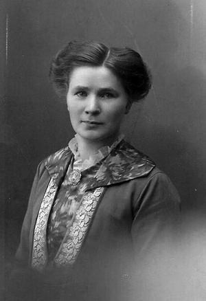 Alma Asplund.