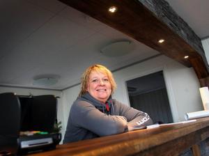 – I fjol den här tiden hade backarna varit öppna nästan en månad, säger receptionisten Sonja Racas.