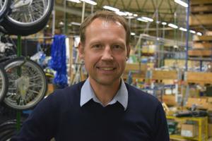 Andreas Hedbom vågar inte lova att ordern från Postnord ska ge fler jobb i Vansbro, men han hoppas det.