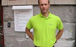 Mattias Ahlmark, energi- och klimatrådgivare i Falu kommun, hjälper företag i Falun att använda elen effektivt. FOTO: ILSE BRATTLÖF
