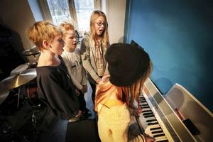 Bandet City stars består av Ida och Emma Nilsson, Emmy Birkemo och Agnes Thofelt Danielsson. Bandet har spelat tillsammans i två år.