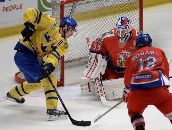 Jimmie Ericsson var uttagen till Sveriges förra OS. 2018 är det säkerligen fler SHL-spelare. Frågan är då hur ligan fortsätter?