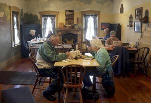Inte mycket har förändrats på caféet i Bishops Hill sedan svenskarna kom hit vid 1800-talets mitt.