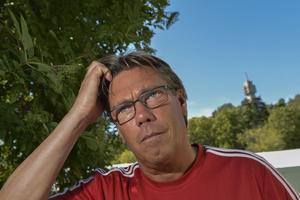 Pelle Olsson får sparken från Djurgården.