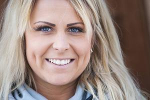 Aldrig hade hon kunnat tänka sig att arbeta inom sporten som var hennes intresse. Trots det driver Victoria Erhardsson nu ett företag som kretsar kring golf.