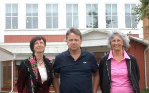 Rör inte vår röntgen kräver f.v. rektorerna Gunilla Stenkula, Rolf Höglund och Monica Wall.FOTO: ROLF JOHANSSON