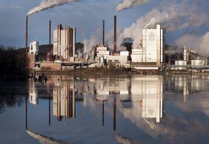 Investringarna i Östrandsfabriken gör att det kan dröja innan SCA betalar bolagsskatt nästa gång.
