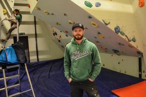 klättring, KFUM-hallen, byggnation, Sebastian Olsson, bouldering