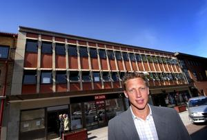 Byter jobb. Jonas Rosen lämnar Falu energi och vatten för att bli chef för Actas kontor i Falun.