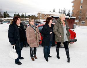 Anna Tingsten, Malin Nyman, Lena Först och Carola Johansson blev åskådare till jakten och hade delade meningar om den.
