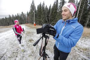 Lars Ljung driver sajten Skideoteket på uppdrag av Svenska skidförbundet där han låter skideliten dela med sig av sina kunskaper.