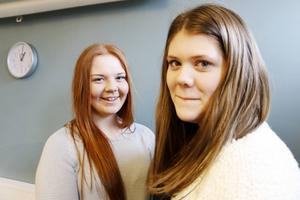 Alina Hökdahl och Emma Jonsson går båda i tvåan på Bessemerskolans omvårdnadsprogram. De har planer på att bli akutsjuksköterska och barnmorska efter gymnasiet. Nu jobbar de aktivit med att få fler unga intresserade av vårdyrket.