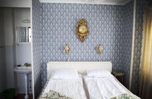 Hotellets kungarum. Samtliga av de 10 rummen är inredda efter en viss stil, inspirerade av personer kring hotellets historia.
