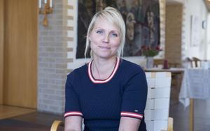 Hanna Lindgren (S), ordförande för social- och utbildningsnämnden, hoppas att kommunen inom kort kan återöppna före detta Lingongårdens bibliotek som tillfällig förskola.
