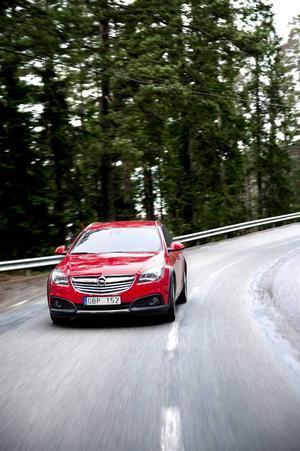 Bildtext 4: Det tog lång tid innan Opel gav sig in i