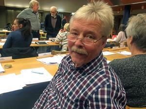 Anders Gyllenvåg har bestämt sig för att kliva av sina politikska uppdrag i Vansbro kommun.