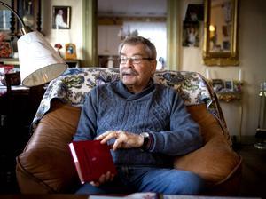 Håkan Franck i Forsa har gjort vad han kunnat för att dokumentera Forsamålets ord, uttal och grammatik.